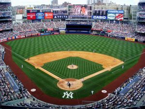 800px-Yankee_Stadium_upper_deck_2010